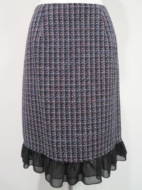 スーツ・スカート
